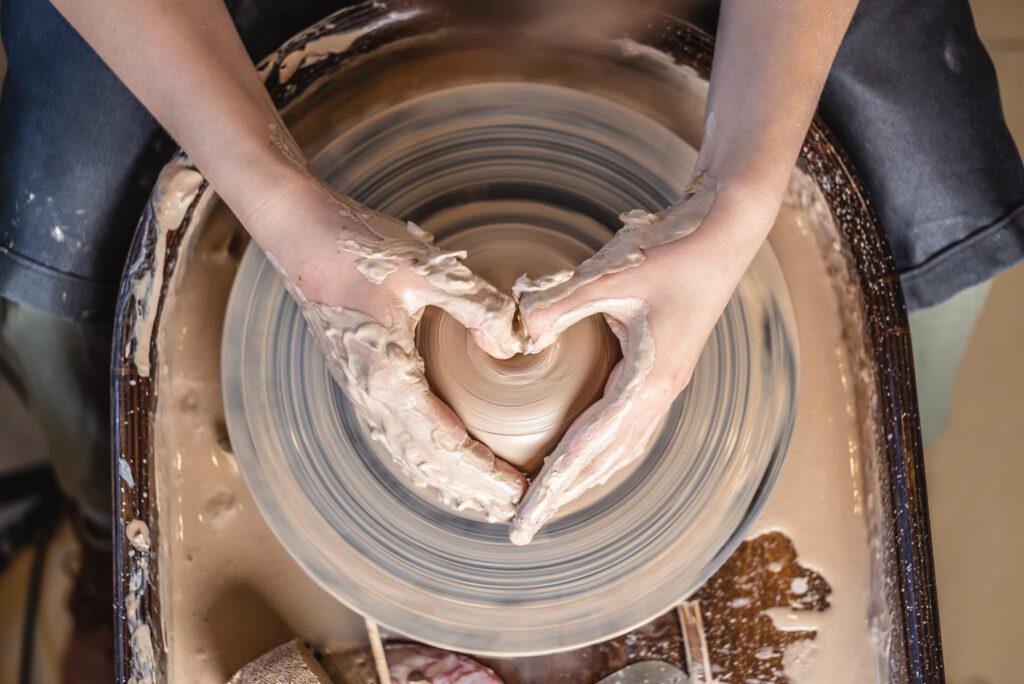 Servicio Nuevas demanadas imagen torno de cerámica
